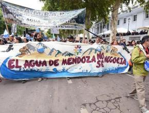 Mendocinos se movilizaron contra la implementación de la Ley 7722